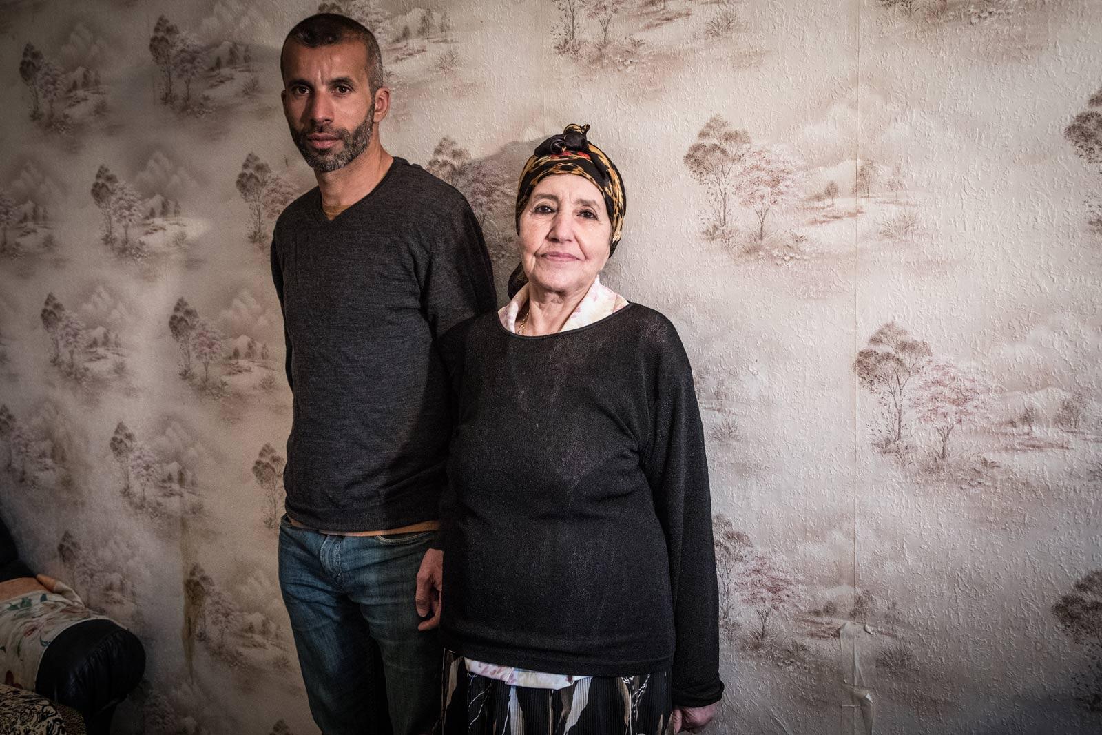 Photo de Nadir Dendoune et de sa mère